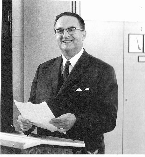 Dr. Klaus Zimniok