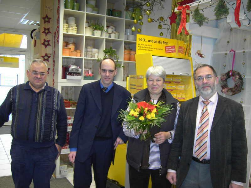 PostPoint bei Blumen Ensinger Friedenspromenade